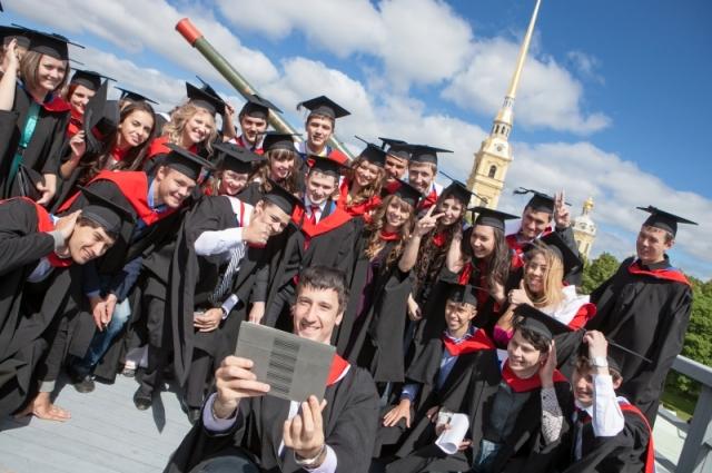 Илья стал студентом ИТМО - одного из лучший российских вузов.