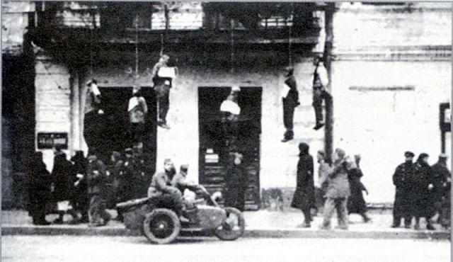 Первый день оккупации: виселицы на балконах в Харькове. 25 октября 1941 г.