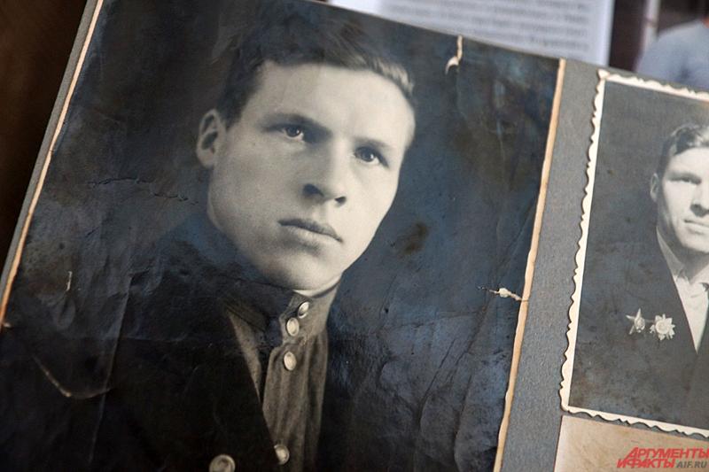 Евгений Михайлович оказался на войне в 17 лет в 1943 году