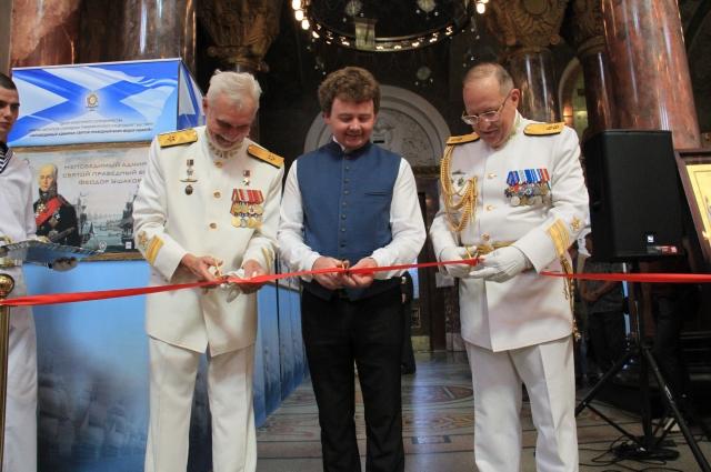В Кронштадском морском соборе открылась выставка, посвященная легендарному флотоводцу.