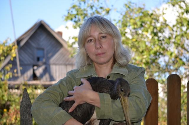 Марина Сиденко организовала в Псковской области единственный в стране приют для аистов