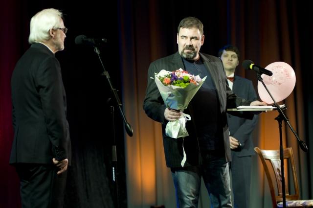 Поздравление от Пятого театра.