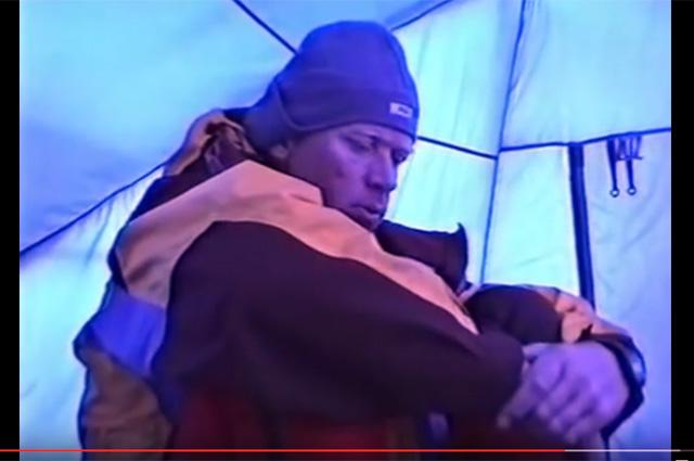 Анатолий Букреев. В палатке
