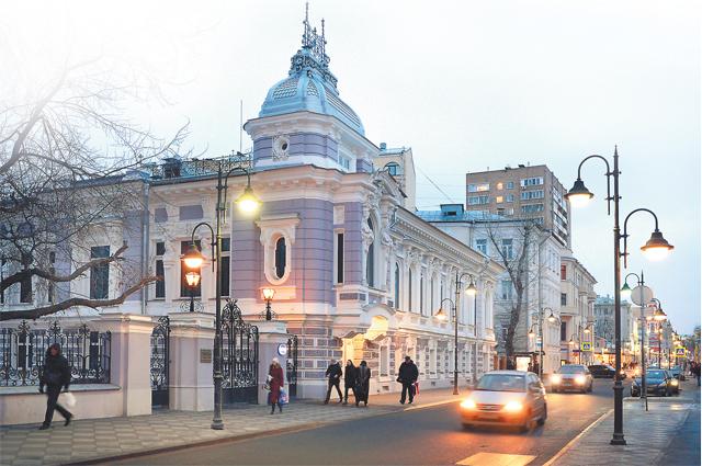 Усадьба Коробковой на Пятницкой - чистейшей прелести чистейший образец.