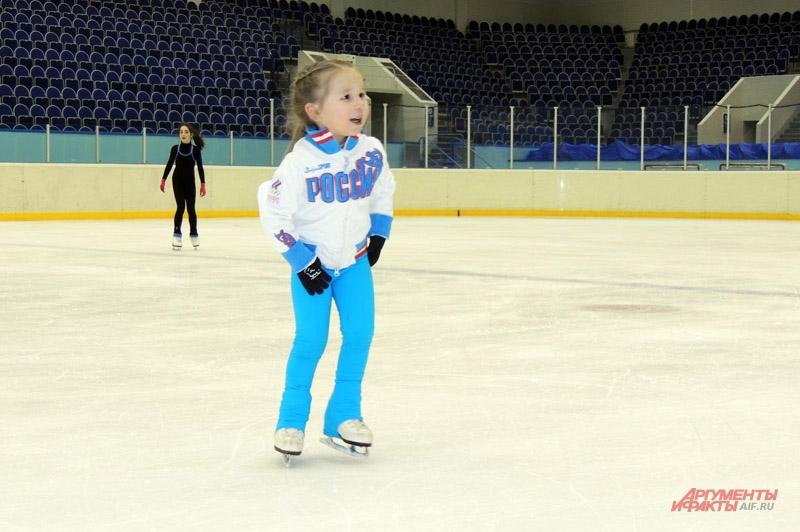Риане Кадыровой было около 1,5 лет, когда она впервые встала на лёд