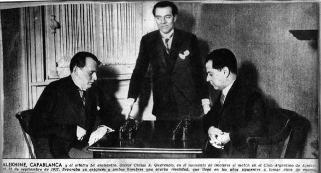 Слева направо: А. Алехин, арбитр К.А. Керенсио, Х.Р. Капабланка