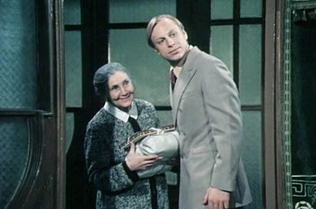 Вера Кузнецова в фильме «Два капитана» (1976)