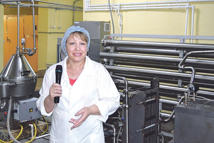Главный технолог Галина Кузнецова рассказала, что продукция выпускается на качественном  отечественном оборудовании.