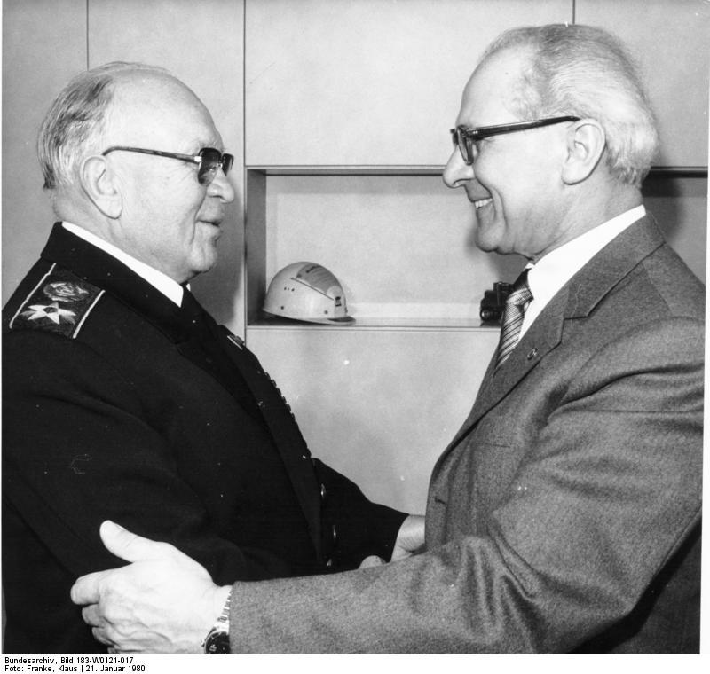 Встреча Горшкова с восточногерманским лидером Эрихом Хонеккером, 1980 г.