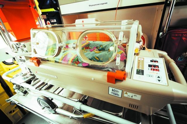Кювез поддерживает идеальные условия для младенца