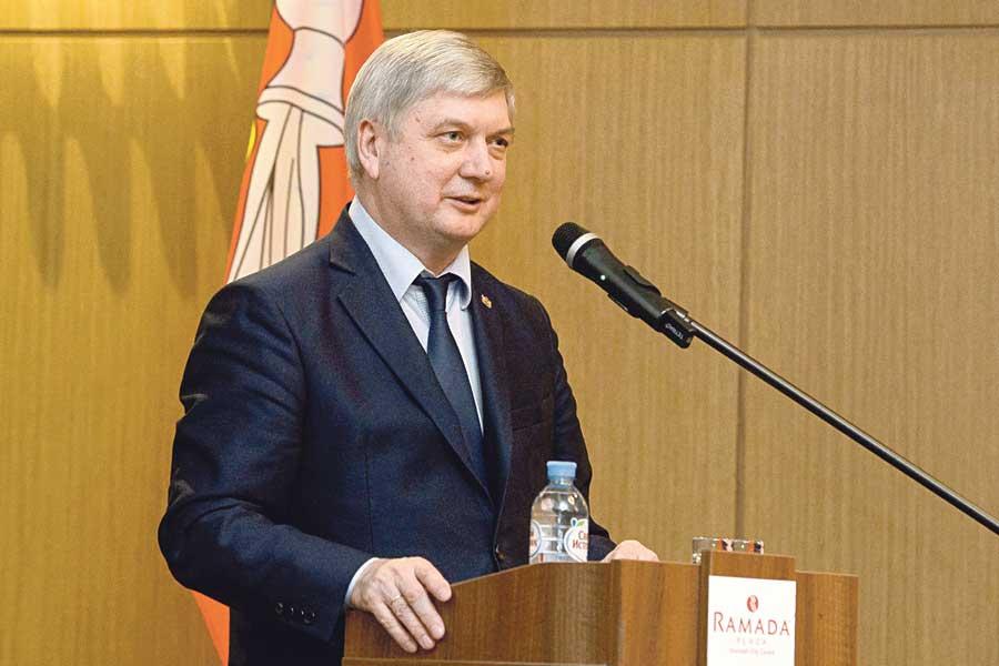 Александр Гусев заверил, что региональная власть намерена уделять ещё большее внимание созданию безбарьерной комфортной среды для вложения капитала, в том числе иностранного.