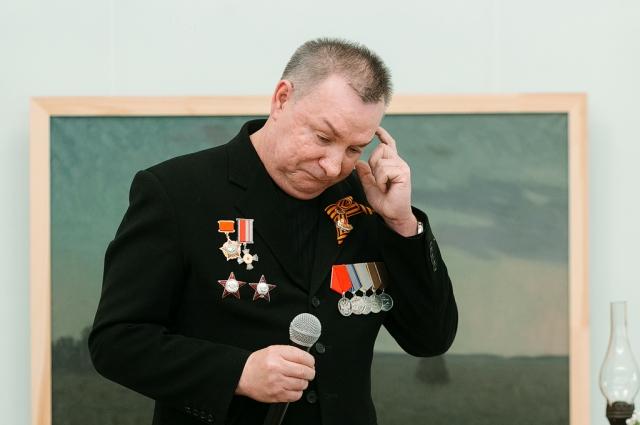 Николаю Никитину во время рассказа было тяжело скрывать эмоции.