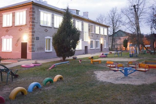 Маленькие жители посёлка и их родители оценят обновлённый детский сад уже в этом году - в конце декабря в учреждении пройдёт новогодний утренник.