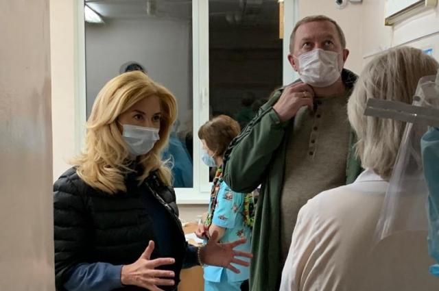 Ирина Солдатова убеждена, что главврач не уберёг коллектив.