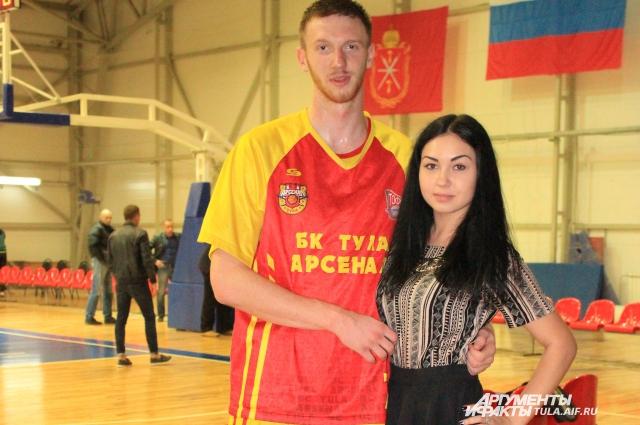 Бабушкин и Пономарёва.