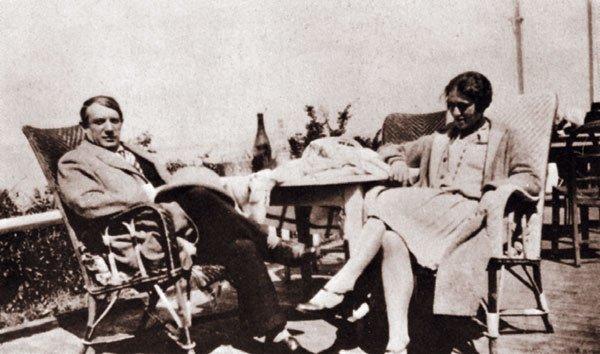 Пабло Пикассо и Ольга Хохлова.