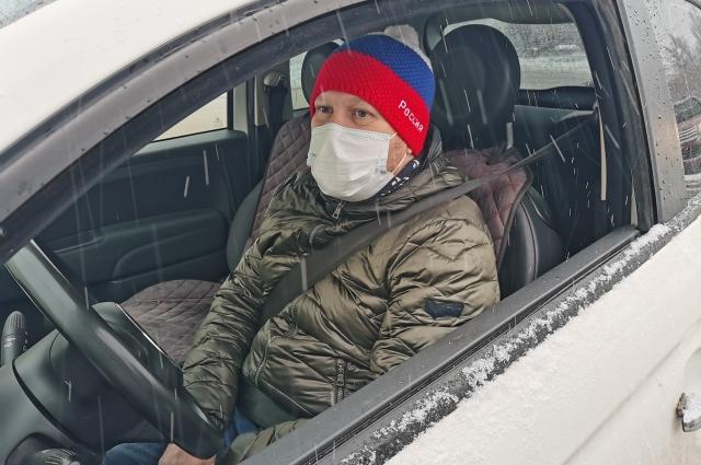 На автомобиле удается объехать почти в два раза больше тех, кому нужна помощь.