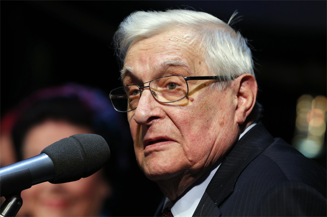 Олег Басилашвили.