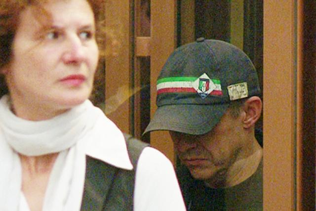В 2001 году Еналеев устроил показательное убийство своей жены.