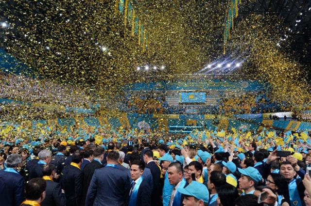 Праздничный концерт в Астане в честь победы на президентских выборах Нурсултана Назарбаева