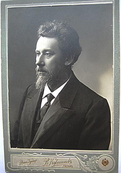 Один из экспертов на суде по делу Фейгина был врач Михаил Первенцев.