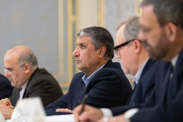 Украина и Иран договорились о передаче обломков самолета МАУ и черных ящиков