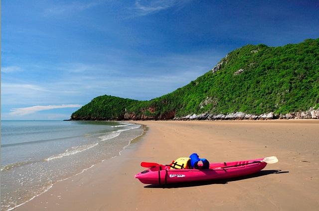 Из-за коронавируса популярные курорты Таиланда терпят убытки.