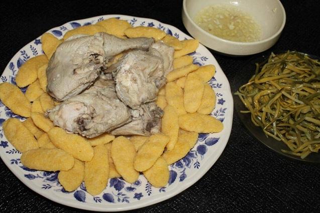 В Ингушетии подают мясо с галушками.