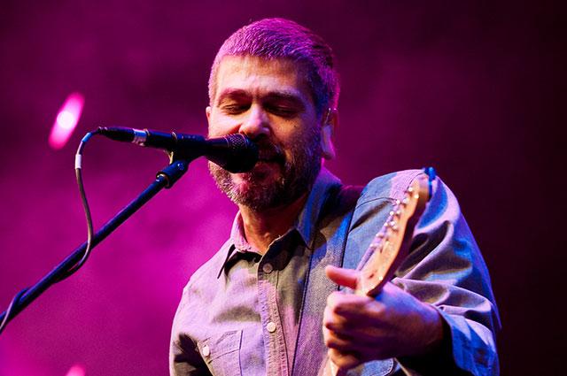 Первое выступление перед огромной аудиторией состоялось в 1996 году на рок-фестивале