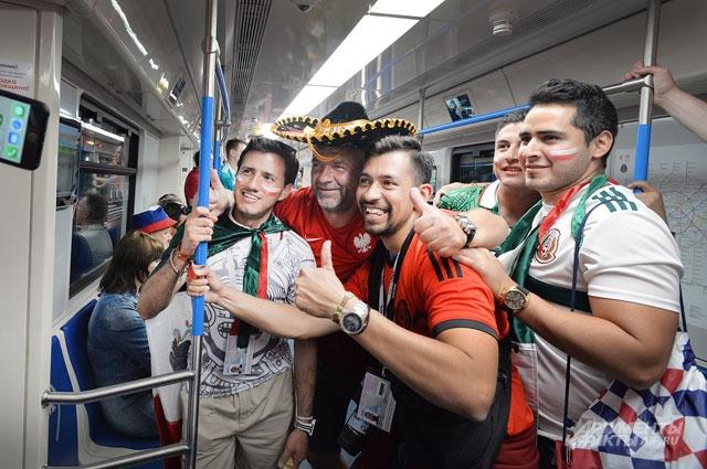Фанаты в восторге от столичного метро.