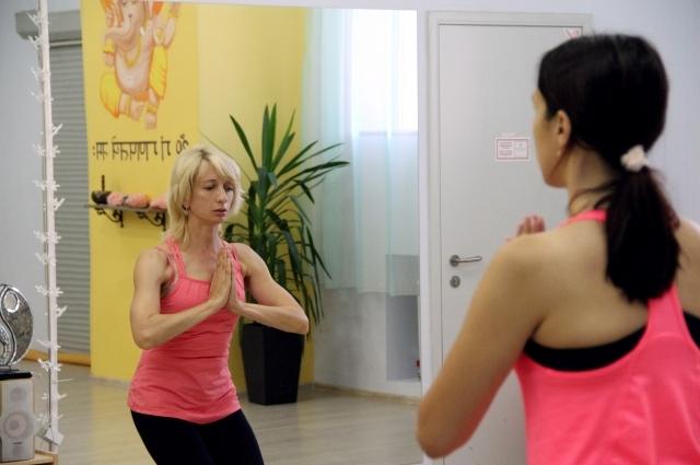 Инструктор по йоге и йоготерапии Людмила Сигаева