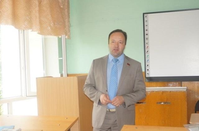 кандидат в губернаторы Пензенской области Владимир Симагин