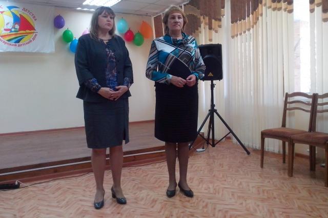 Директор Чебоксарского детского дома (справа)