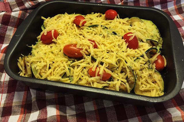 Запеканка из кабачков и помидоров в духовке с сыром