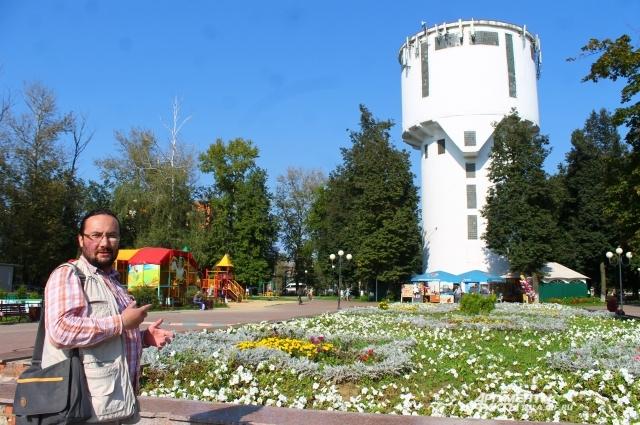 Детский парк Пролетарского округа. Трудно поверить, но менее десяти лет назад здесь было место, в которое приличный человек без сугубой надобности не заглядывал.