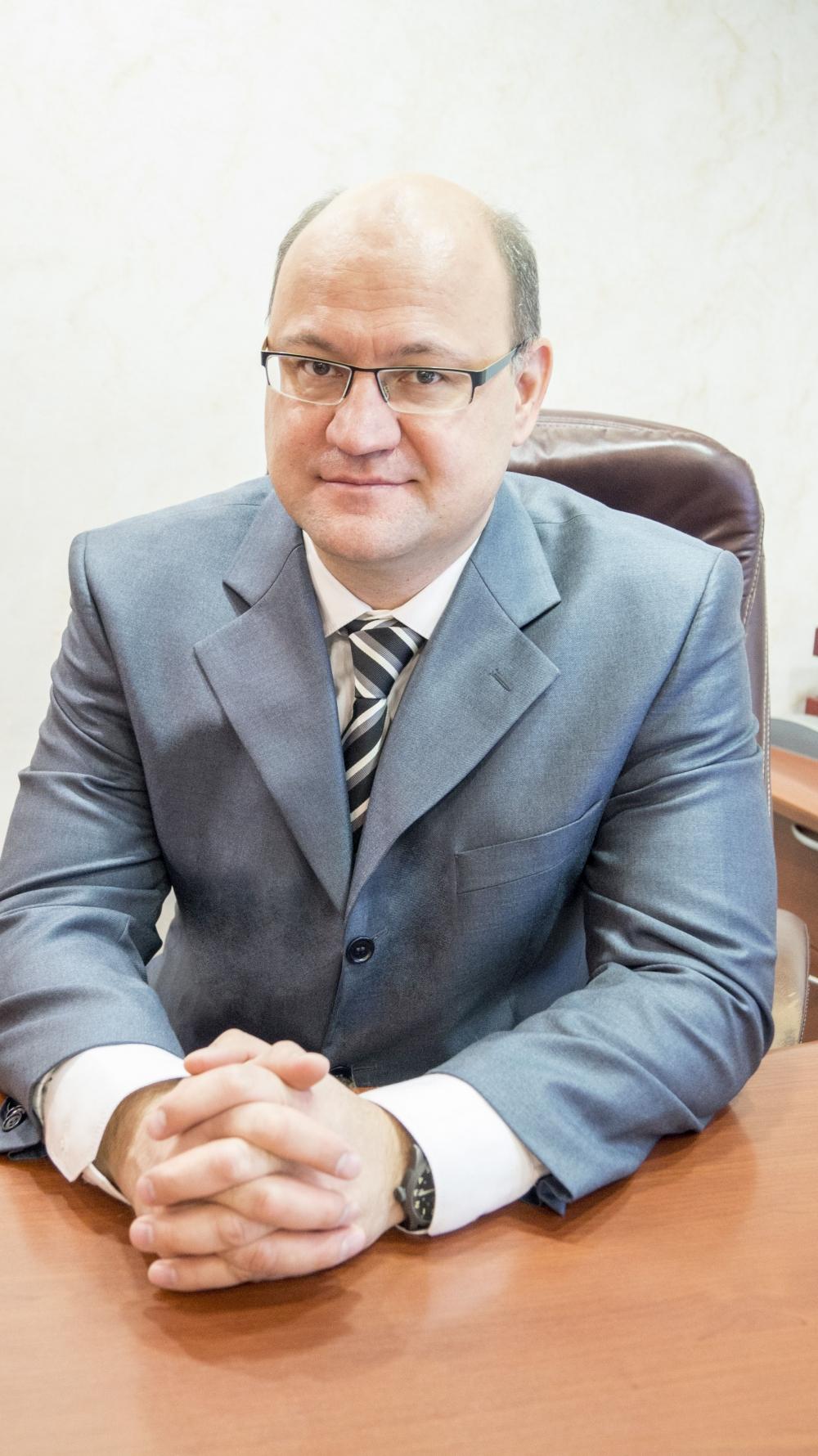 Юрий Новиков готов встать на защиту коллег.
