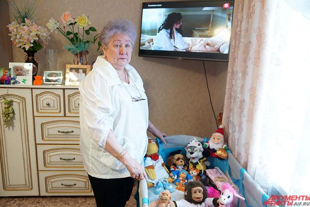 Для признания себя опекуном бабушка собрала весь необходимый пакет документов и прошла медкомиссию.