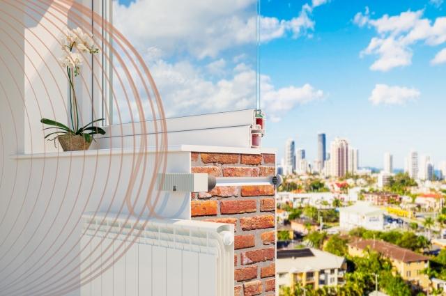 Стеновые приточные клапаны очень хорошо себя зарекомендовали как в Петербурге, так и в холодных регионах.