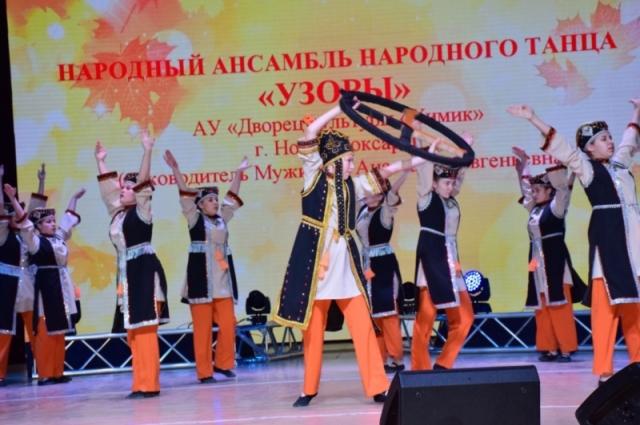Ансамбль «Узоры» из Новочебоксарска завоевали второе место в номинации «Коллективы народного танца».