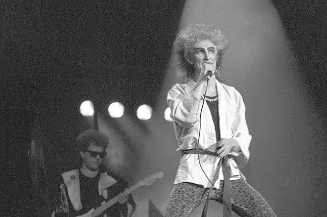 Солист советской рок-группы «Рондо» Александр Иванов.1988г.
