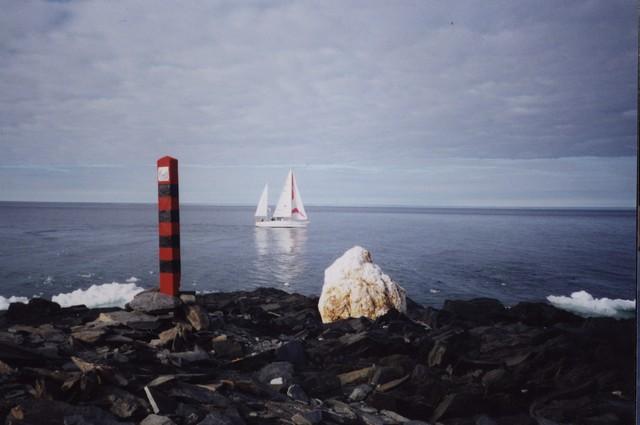 Сибирь огибает мыс Челюскин, 78N 104E, Таймыр.