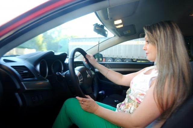 «У меня водительских прав нет, но планирую пойти в автошколу», - говорит Ольга.