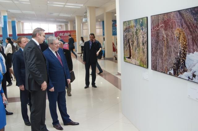 За три года выставка объехала 70 стран.