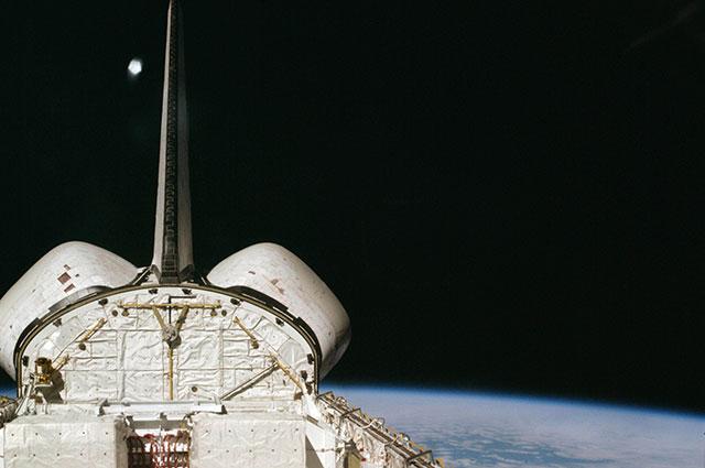 Шаттл «Колумбия» в космосе, 1981 г.