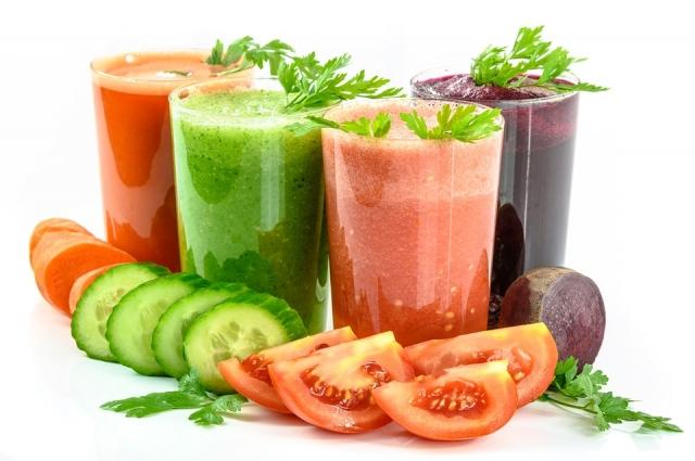 Овощные смузи зарядят витаминами.