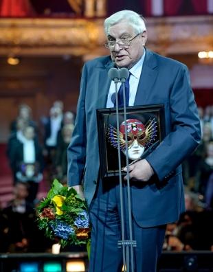 Басилашвили - один из самых любимых зрителями артистов.