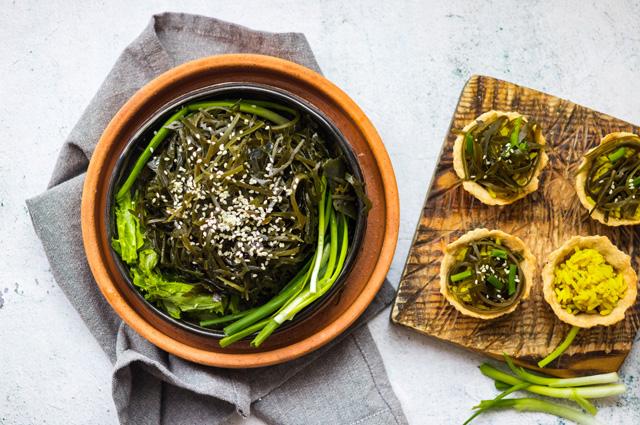 Корейский гарнир из морской капусты