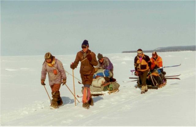Тур по льду озера Байкал со швейцарскими туристами,1994. Гиды Владимир Пермяков, Андрей Минаев