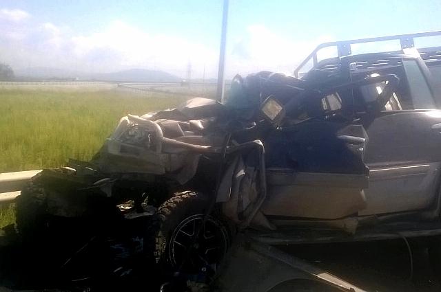 Водитель иномарки получил травмы.