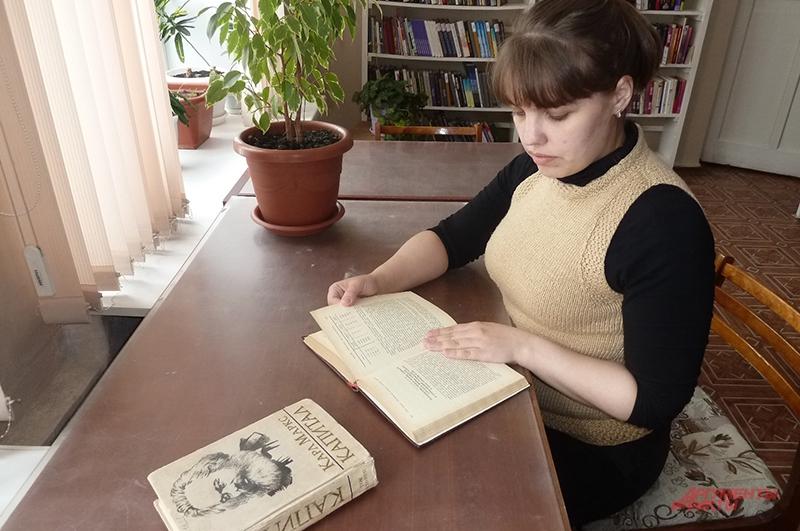 Коркинская библиотека находится в 40 километрах от Челябинска. Здесь остались почитатели трудов Маркса